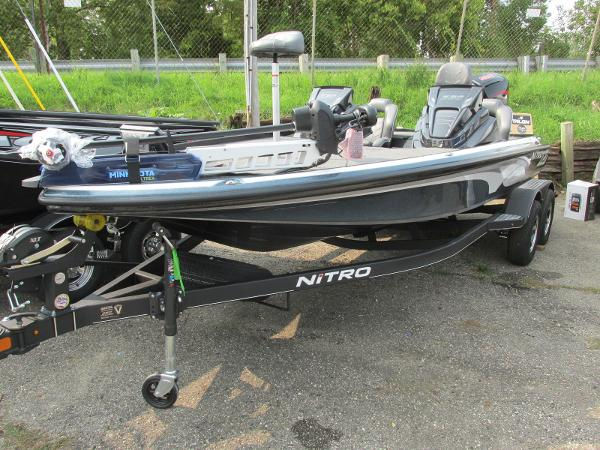 2021 Nitro boat for sale, model of the boat is Z20 Pro Pack & Image # 3 of 27