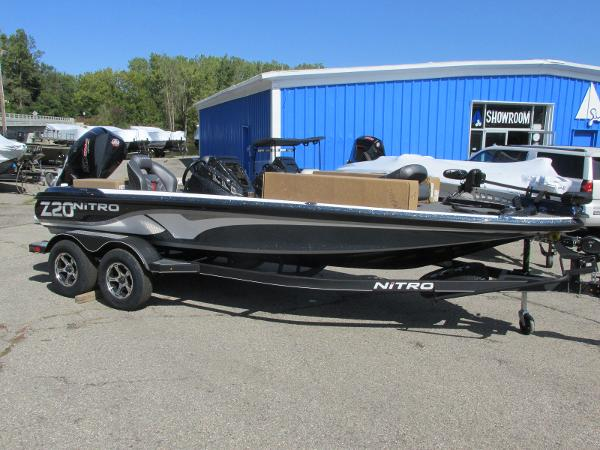 2021 Nitro boat for sale, model of the boat is Z20 Pro Pack & Image # 2 of 27