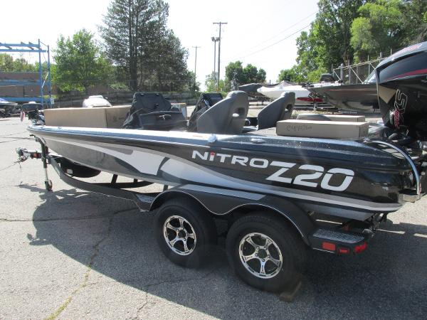 2021 Nitro boat for sale, model of the boat is Z20 Pro Pack & Image # 1 of 27