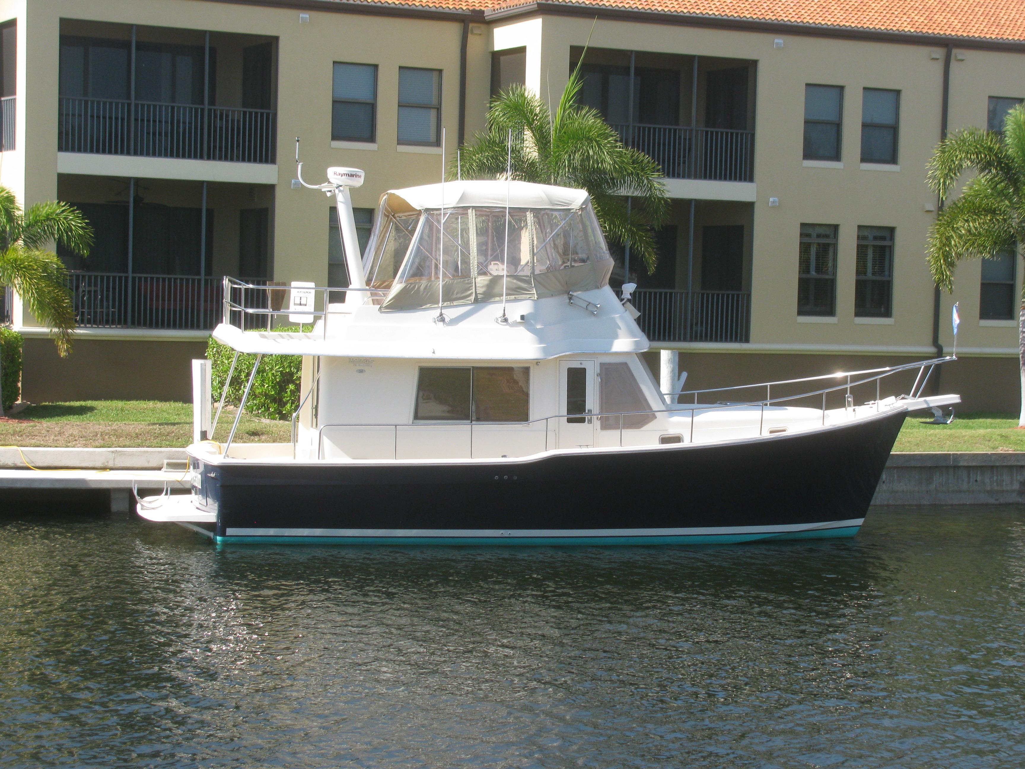 34' Mainship 2006 34 Trawler