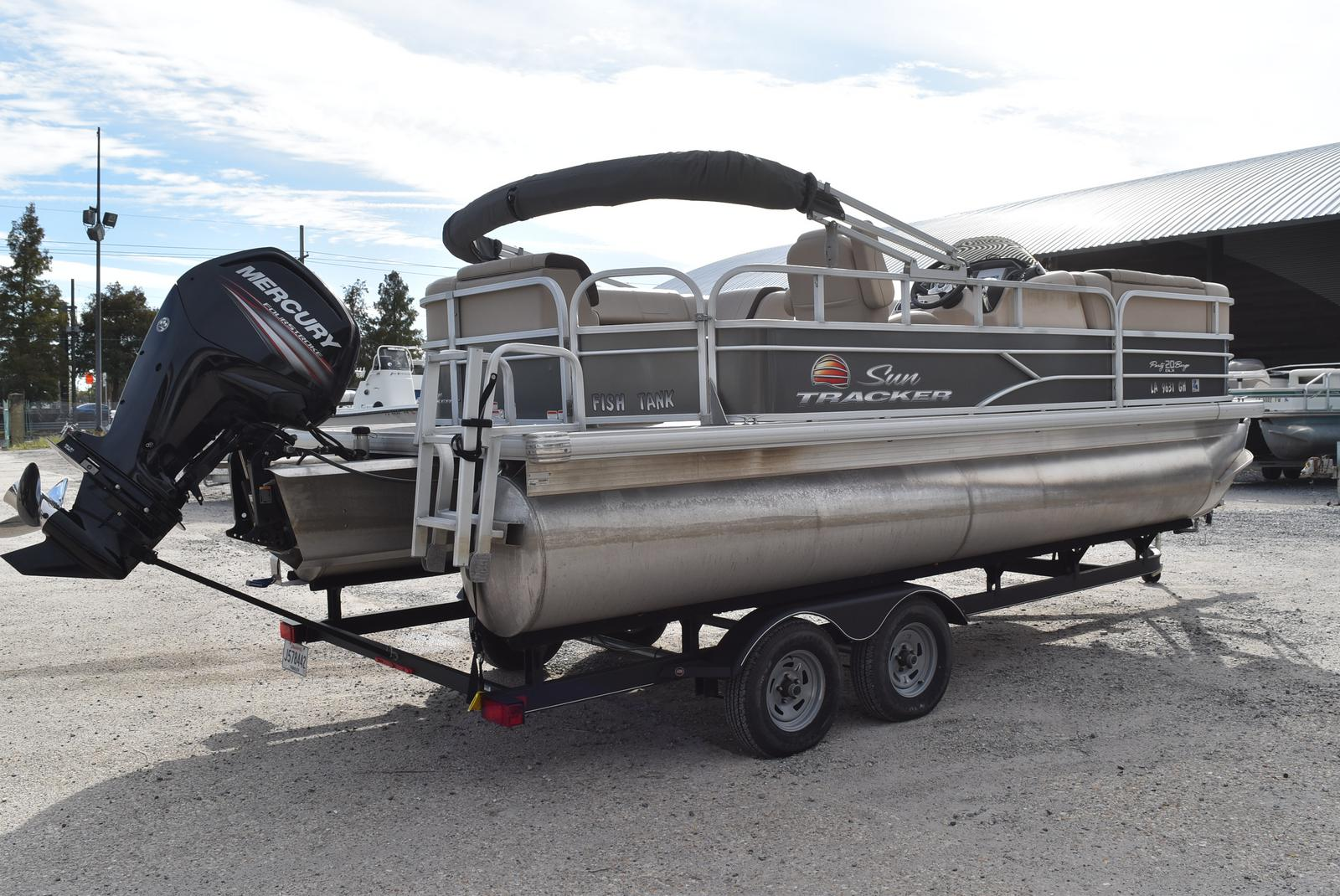2018 Sun Tracker boat for sale, model of the boat is Party Barge 20 DLX, 90CT & Image # 2 of 14