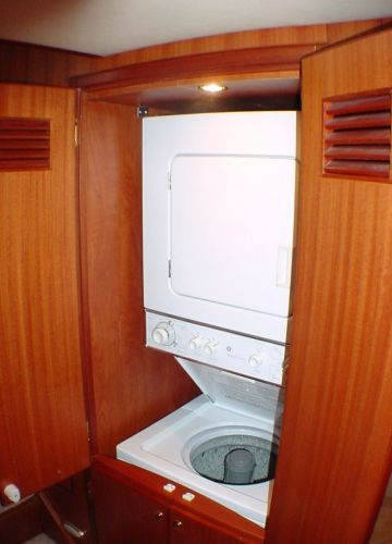 Companionway Washer And Dtyer