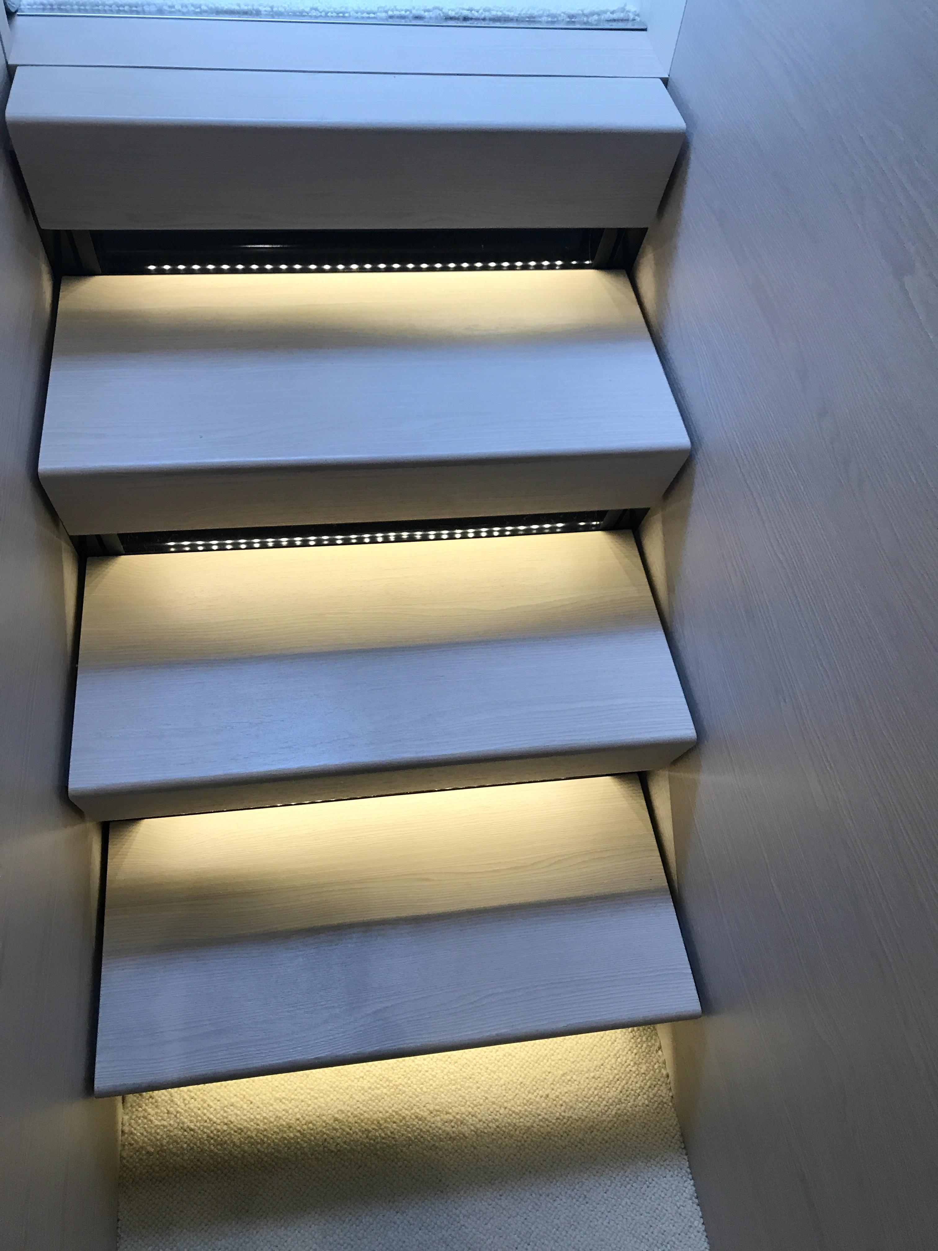 Steps lower deck
