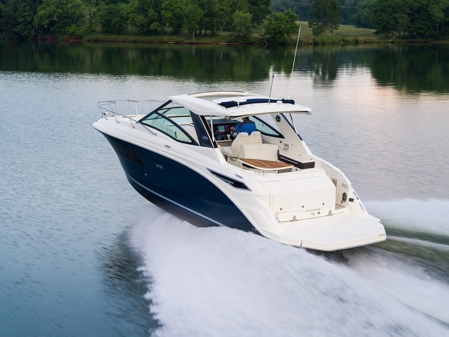 2020 Sea Ray boat for sale, model of the boat is 320 Sundancer & Image # 1 of 5
