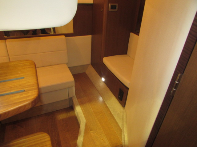 2020 Sea Ray boat for sale, model of the boat is 350 Coupe & Image # 19 of 29