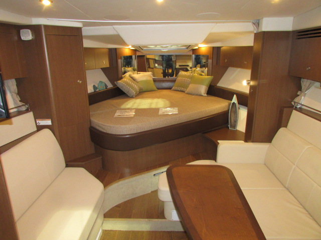 2020 Sea Ray boat for sale, model of the boat is 350 Coupe & Image # 2 of 29