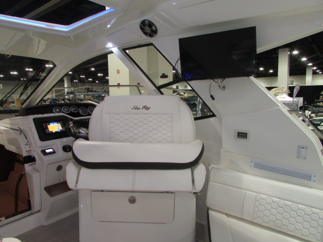 2020 Sea Ray boat for sale, model of the boat is 350 Coupe & Image # 23 of 29