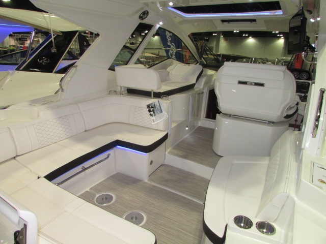 2020 Sea Ray boat for sale, model of the boat is 350 Coupe & Image # 6 of 29
