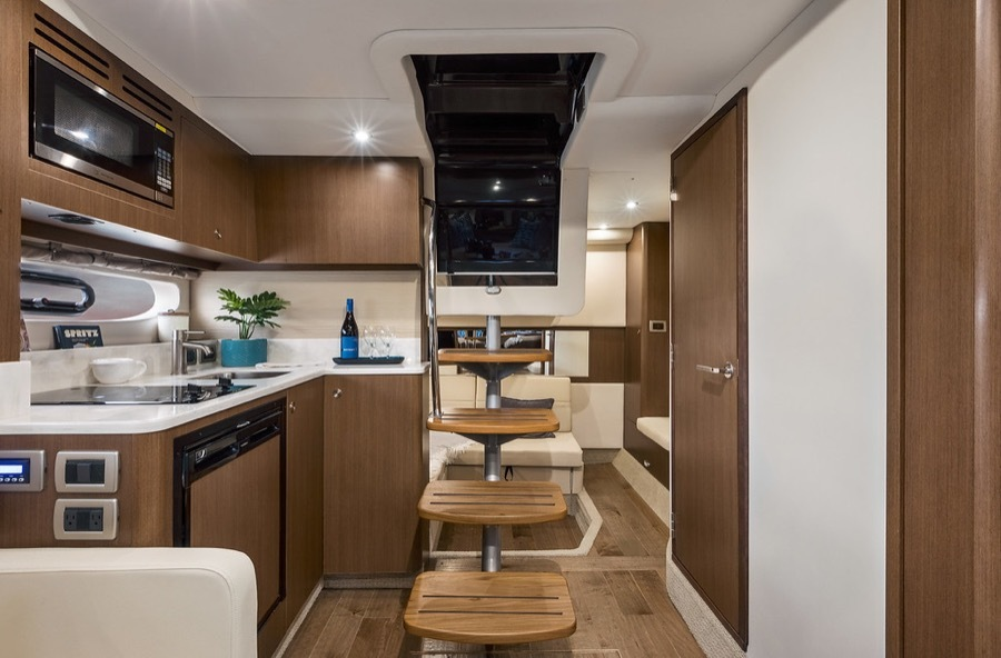 2020 Sea Ray boat for sale, model of the boat is 350 Coupe & Image # 4 of 5