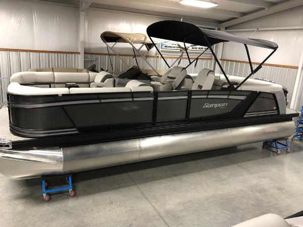 2019 Godfrey Pontoon boat for sale, model of the boat is SP 2500 ULC TT-27 & Image # 8 of 44