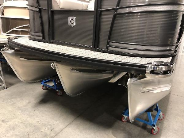 2019 Godfrey Pontoon boat for sale, model of the boat is SP 2500 ULC TT-27 & Image # 19 of 44