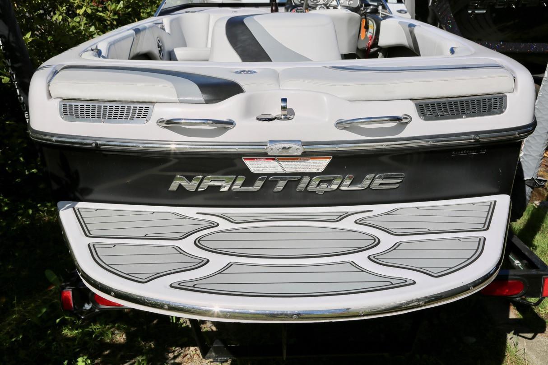 2008 Nautique Ski 196