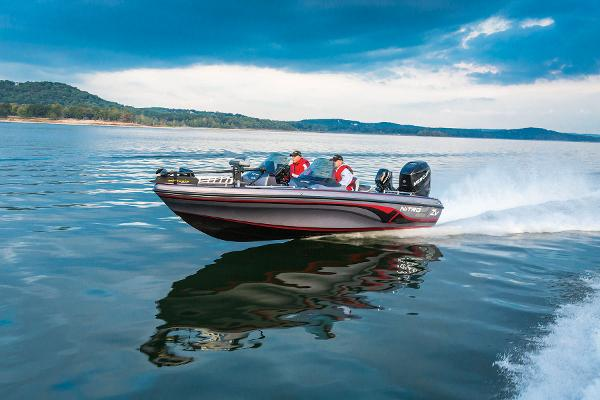 2014 Nitro boat for sale, model of the boat is ZV 21 w/ 250 XL OptiMax Pro XS and Trailer & Image # 10 of 57