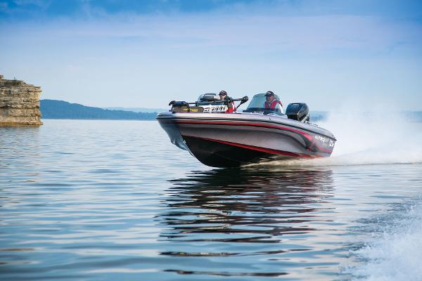 2014 Nitro boat for sale, model of the boat is ZV 21 w/ 250 XL OptiMax Pro XS and Trailer & Image # 11 of 57
