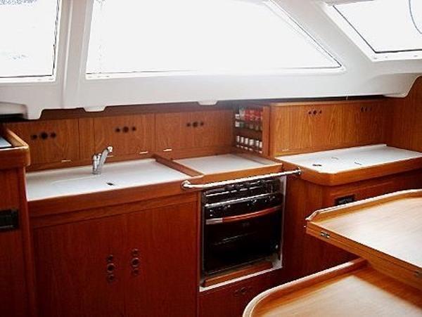 Wauquiez Pilot Saloon 40 For Sale Rhode Island