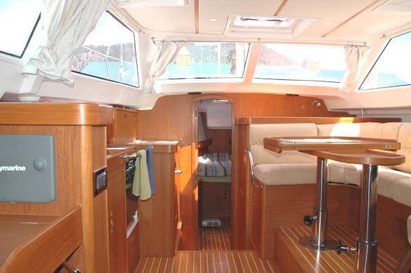 Wauquiez Pilot Saloon 40 For Sale Connecticut