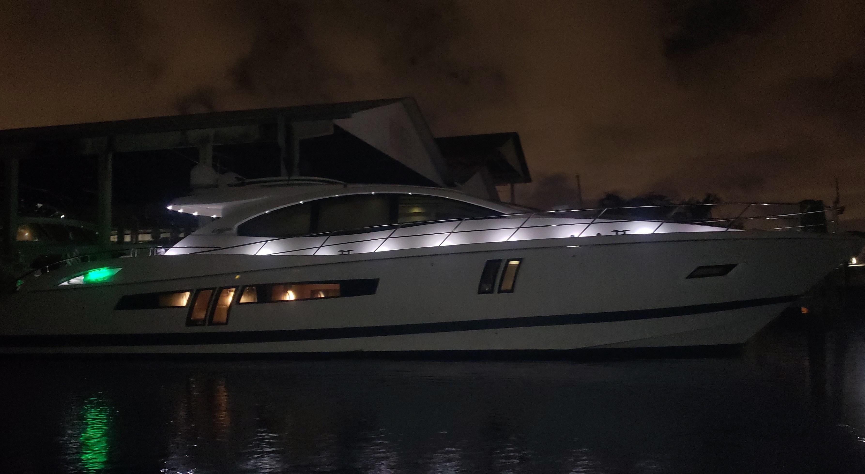 2009 Lazzara LSX 75
