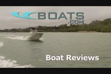 Boston Whaler 230 Dauntless video