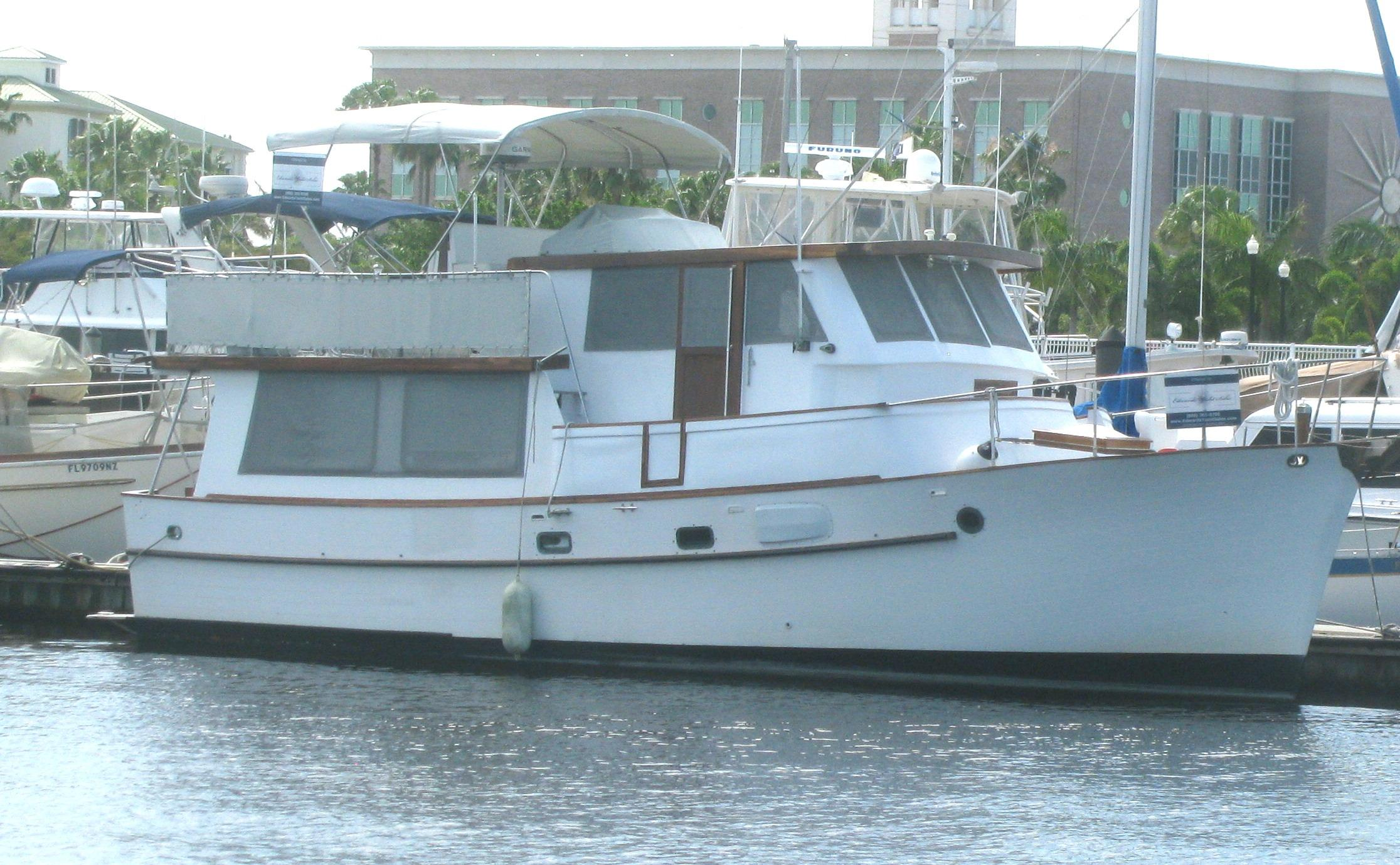 40' Raised Pilothouse Trawler,Krogen,Tug 1980 Long Range Cruiser