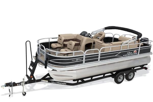 For Sale: 2018 Sun Tracker Fishin' Barge 20 Dlx 21.92ft<br/>Nobles  Marine