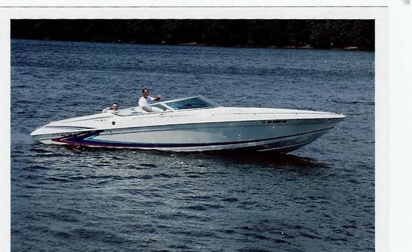 Formula 303 SR1 High Performance Boats. Listing Number: M-3231100