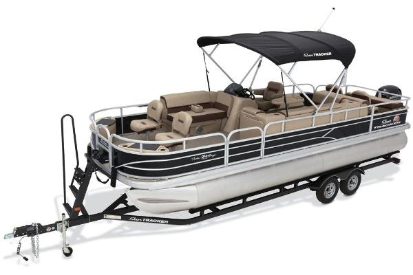 2018 Sun Tracker boat for sale, model of the boat is Fishin' Barge 24 DLX & Image # 2 of 9