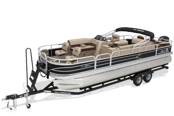 2018 Sun Tracker boat for sale, model of the boat is Fishin' Barge 24 DLX & Image # 3 of 9