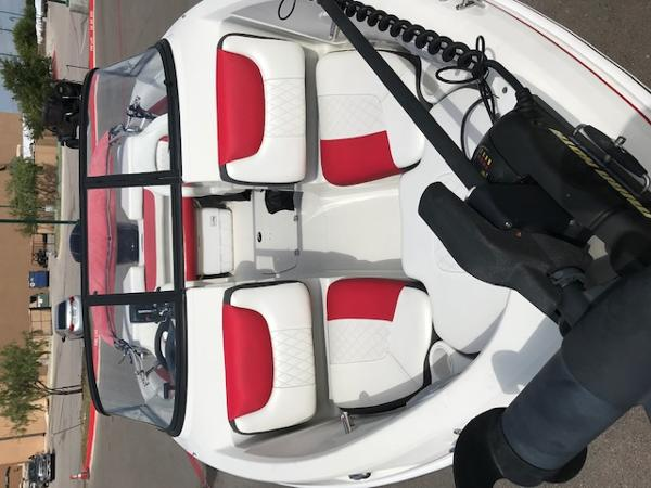 2016 Tahoe boat for sale, model of the boat is 550TF & Image # 4 of 7