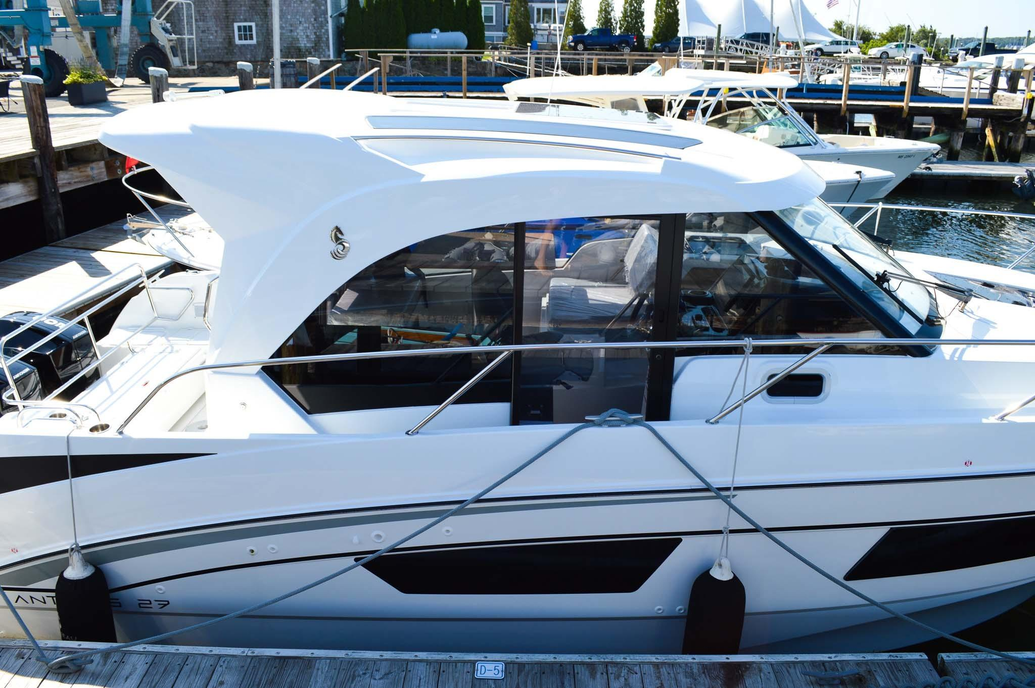 Beneteau Antares 27 - In Stock