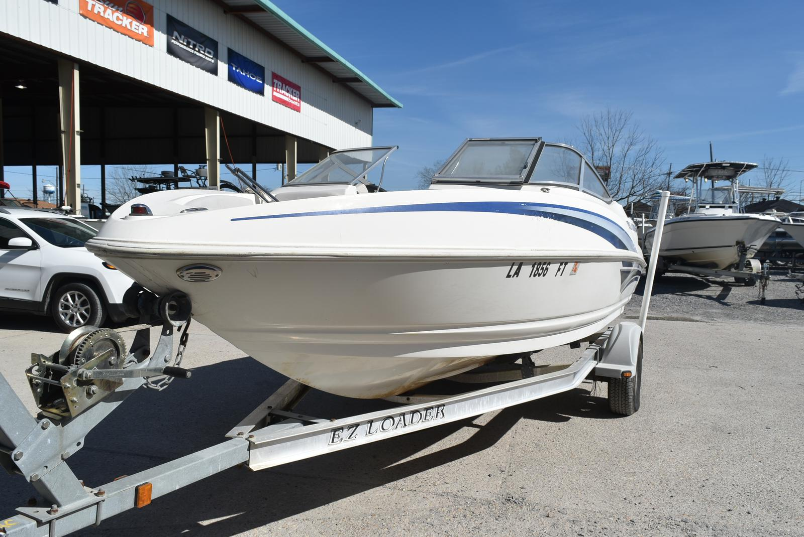 2007 Larson boat for sale, model of the boat is Senza 186 & Image # 3 of 15