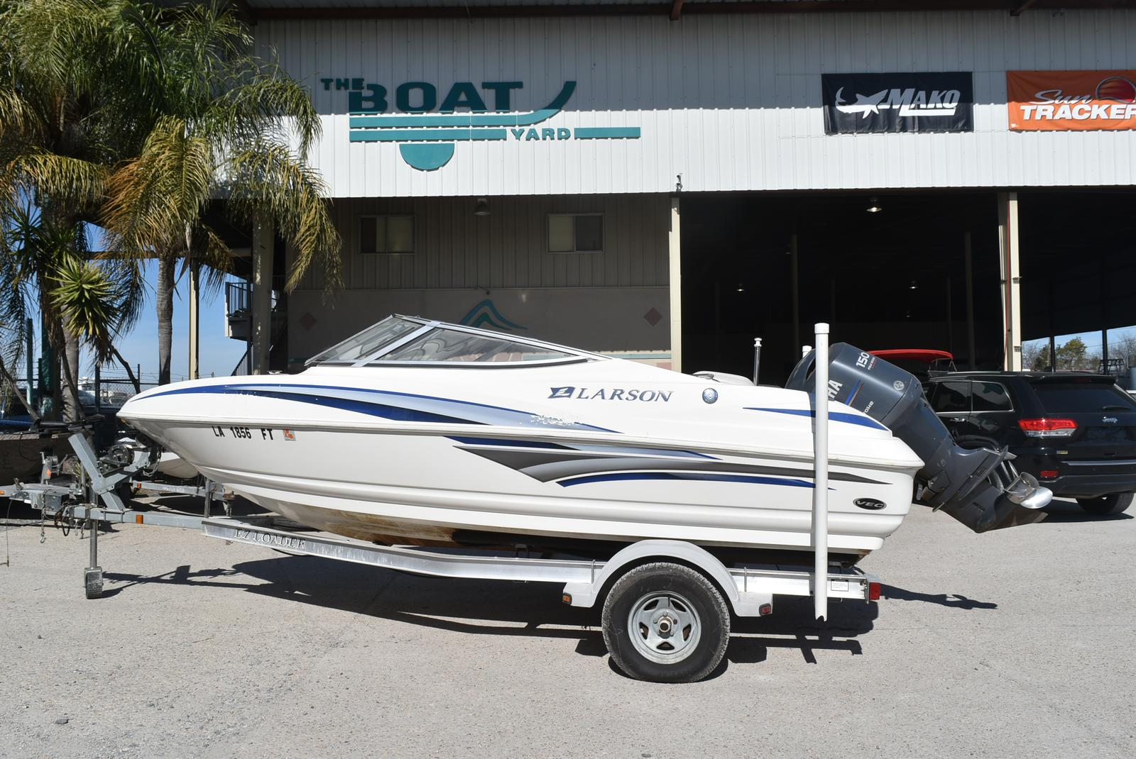 2007 Larson boat for sale, model of the boat is Senza 186 & Image # 5 of 15