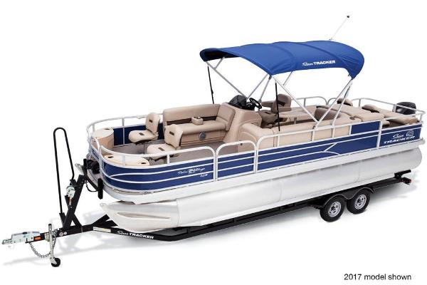 2018 Sun Tracker boat for sale, model of the boat is Fishin' Barge 24 XP3 & Image # 4 of 7