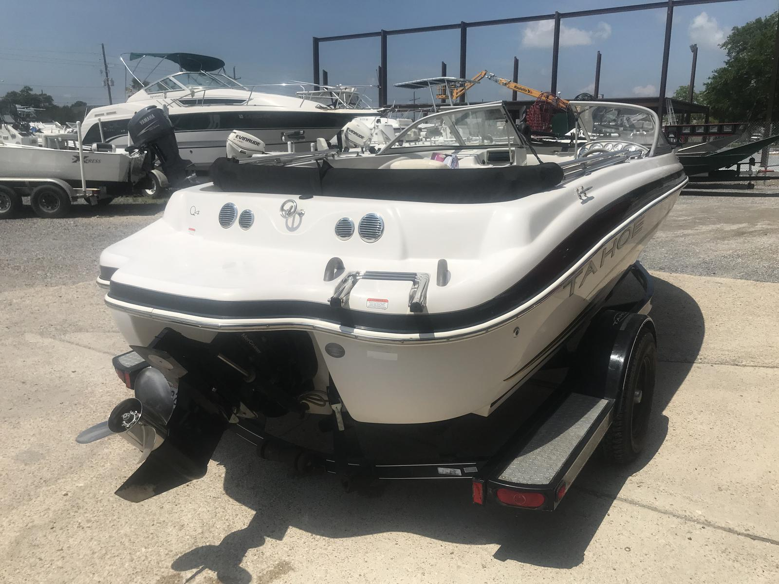 2008 Tahoe boat for sale, model of the boat is Q4i SF & Image # 8 of 14