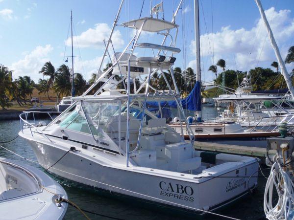31' Cabo Yachts EXPRESS SPORTFISH