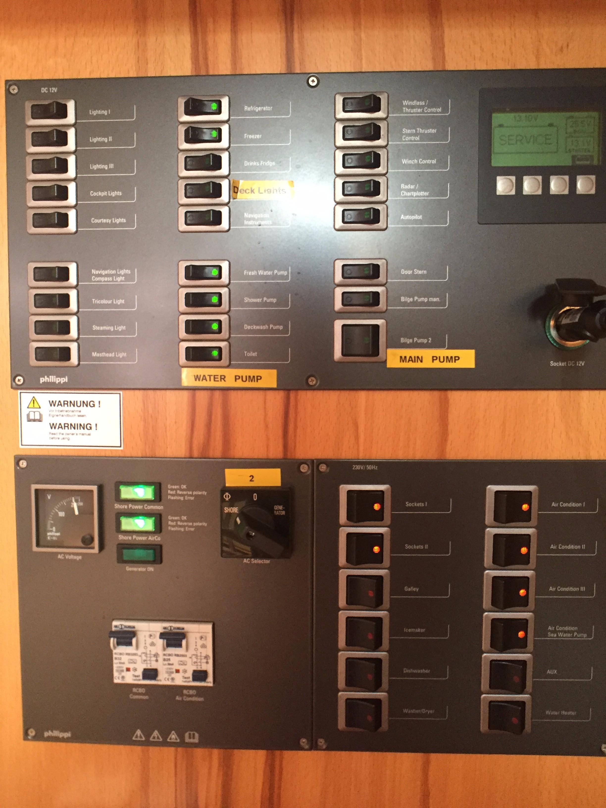 Hanse 495 -- Control Panel