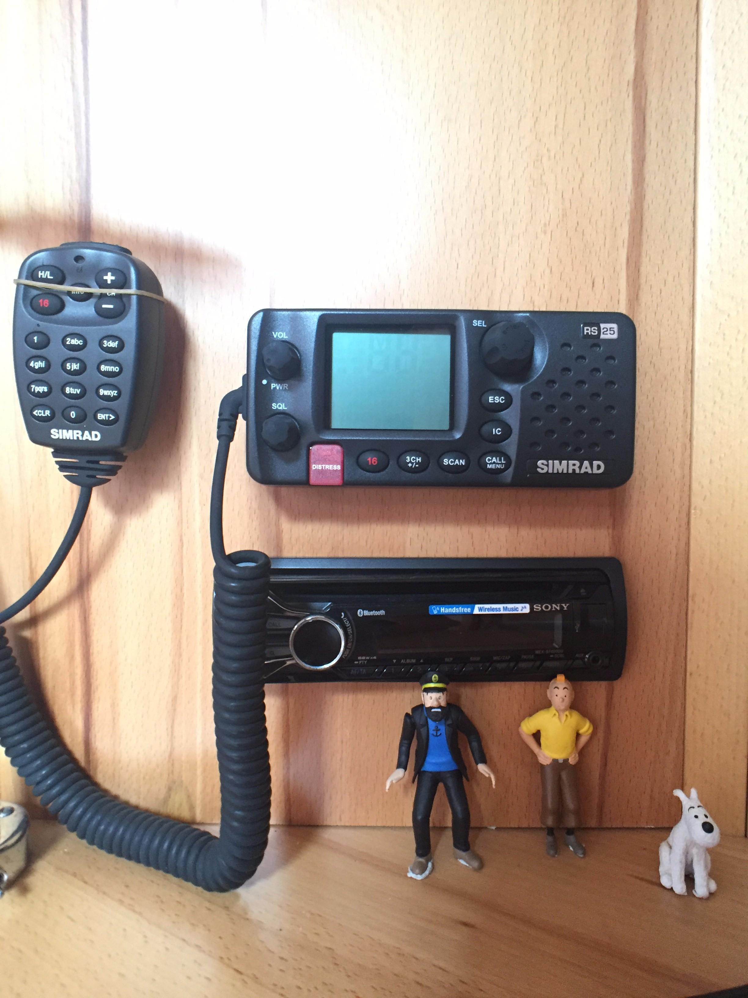 Hanse 495 -- VHF