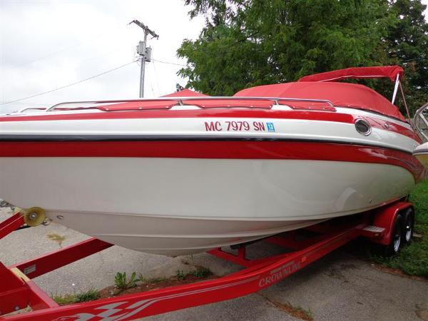 2004 CROWNLINE 270 BR for sale