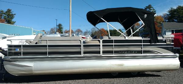 2009 PREMIER PONTOONS 25' ESCAPADE for sale