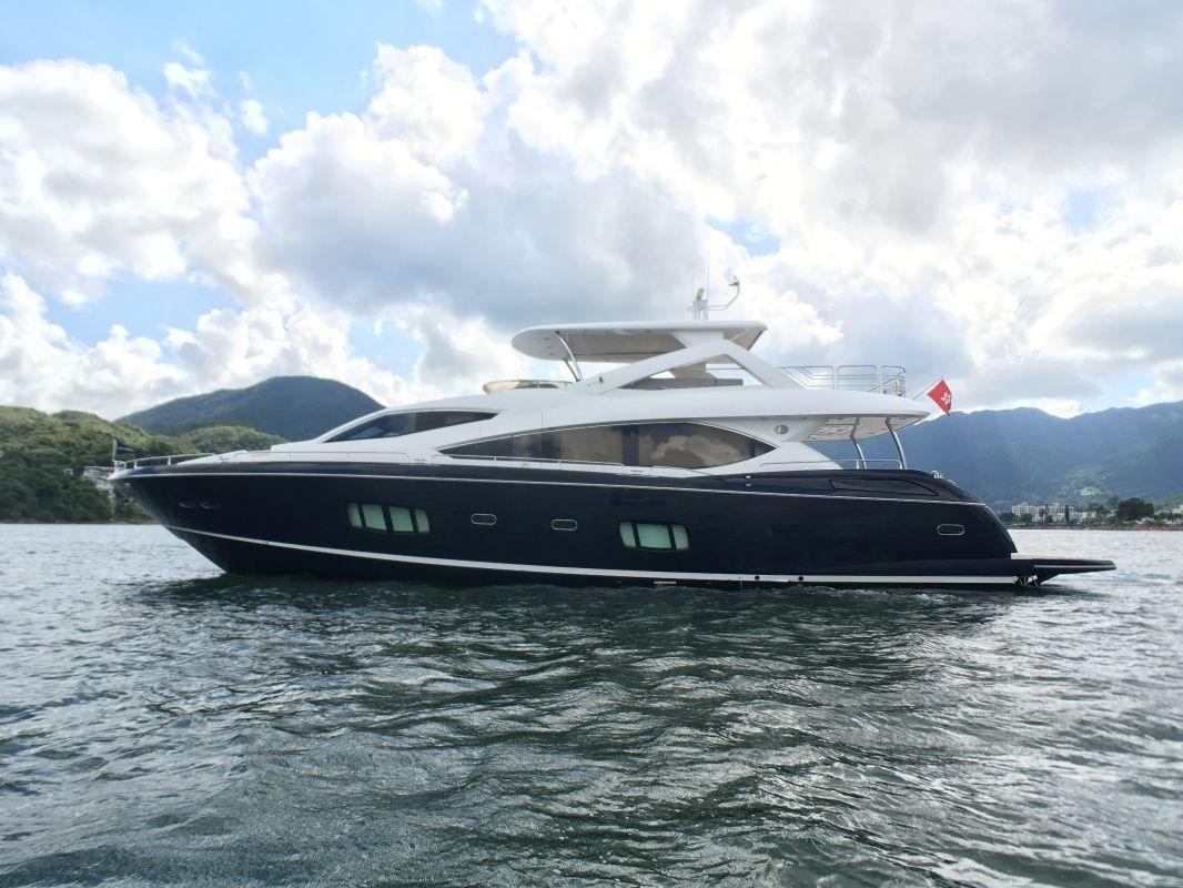 Sunseeker Manhattan 88 Profile