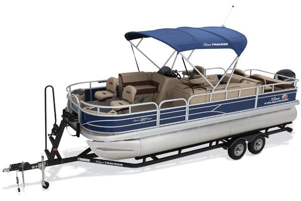2018 Sun Tracker boat for sale, model of the boat is Fishin' Barge 22 DLX & Image # 3 of 10