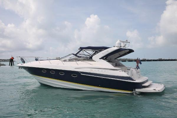 2005 42' Regal Express Cruiser