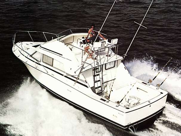 Bertram 33 Sport Fisherman Sports Fishing Boats. Listing Number: M-3657812