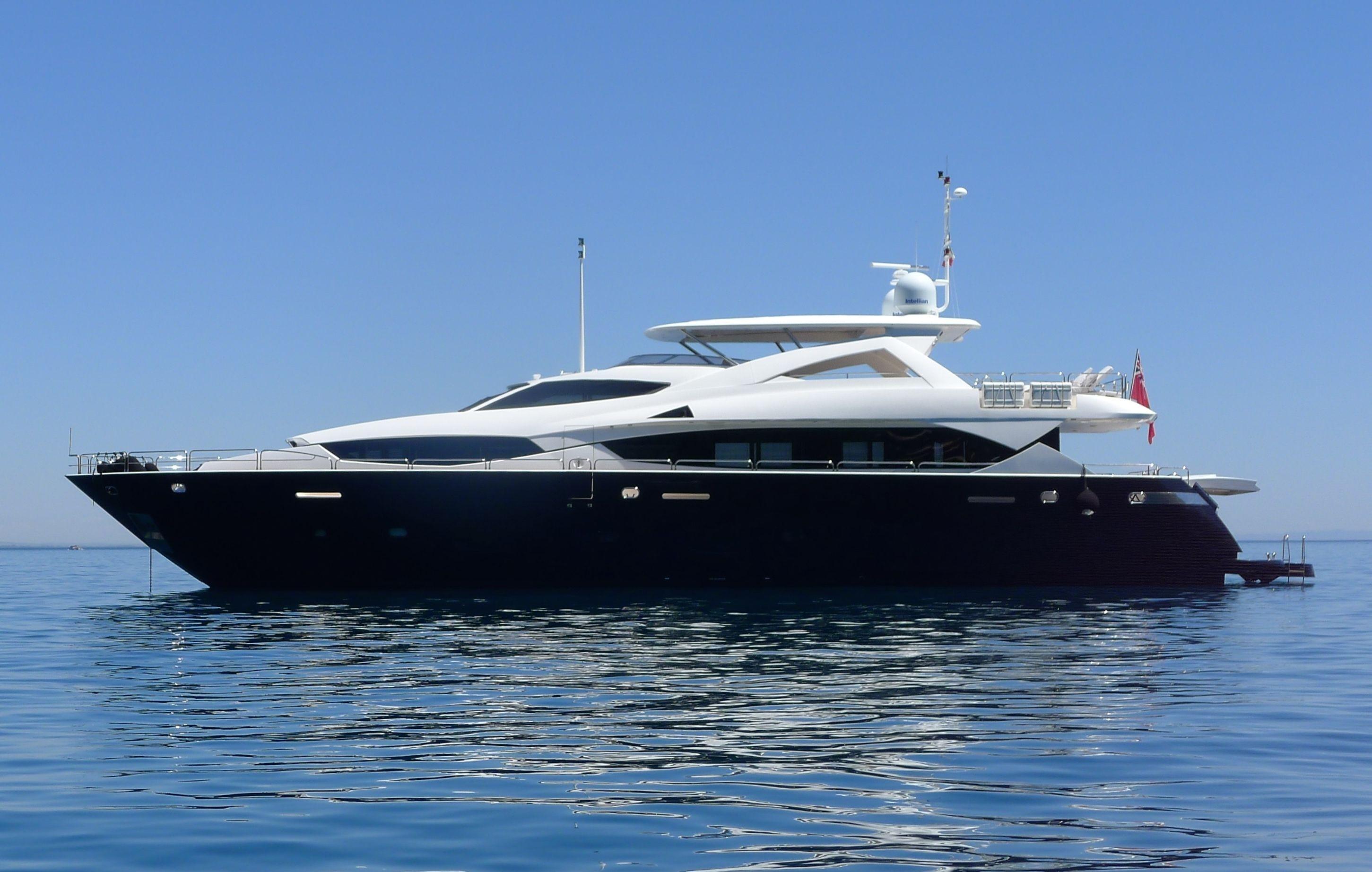111 ft Sunseeker 34 Metre Yacht