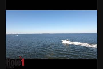 Sea Ray 390 Motor Yacht video