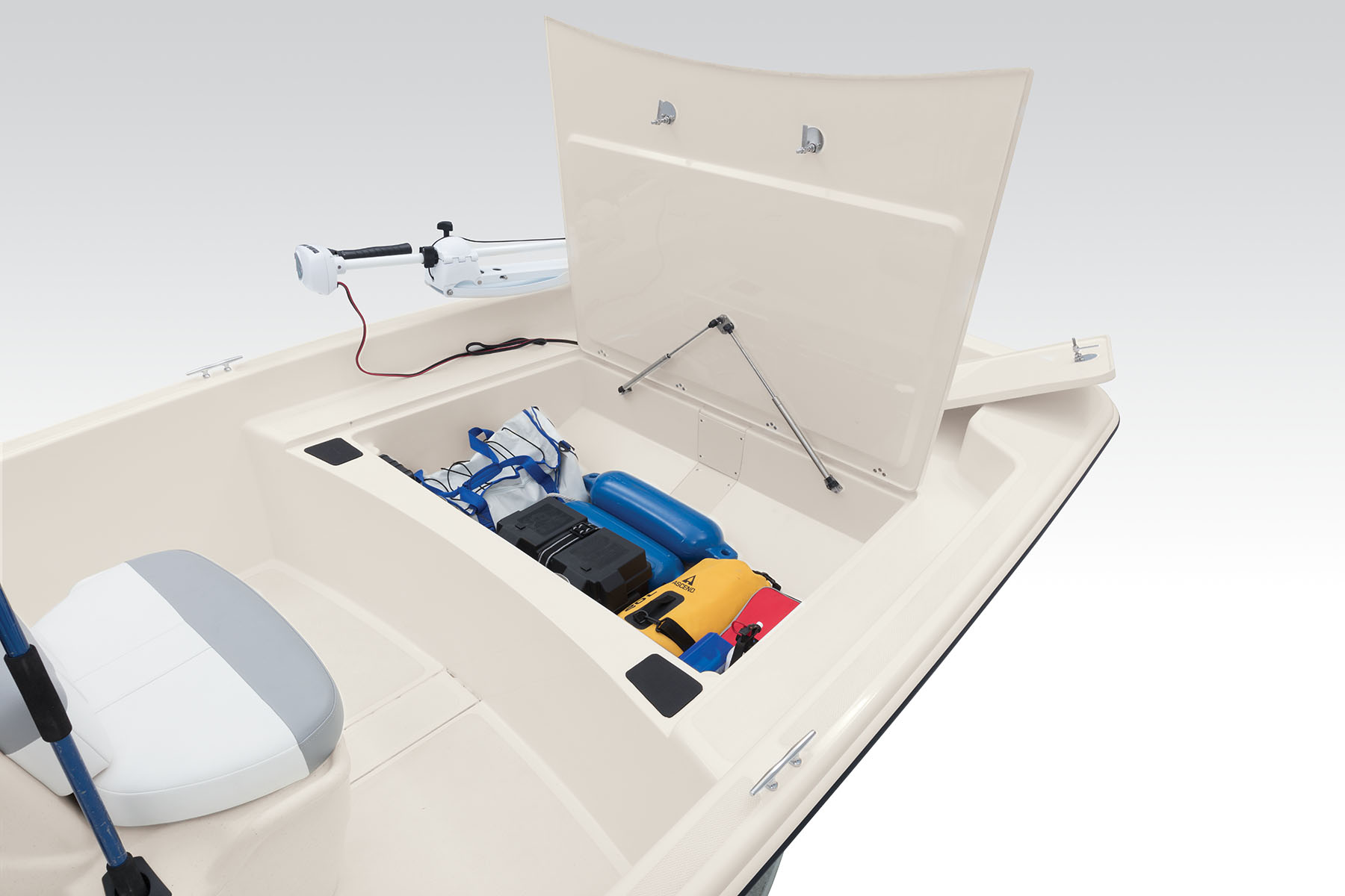 2020 Mako boat for sale, model of the boat is Pro Skiff 17 CC & Image # 5 of 10