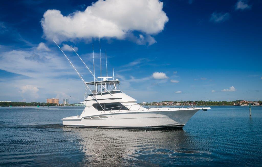 50 Hatteras Starboard Profile 3