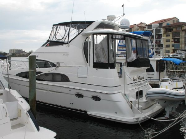 2005 Carver 396 Motor Yacht Location: Volusia County US. $299900.00
