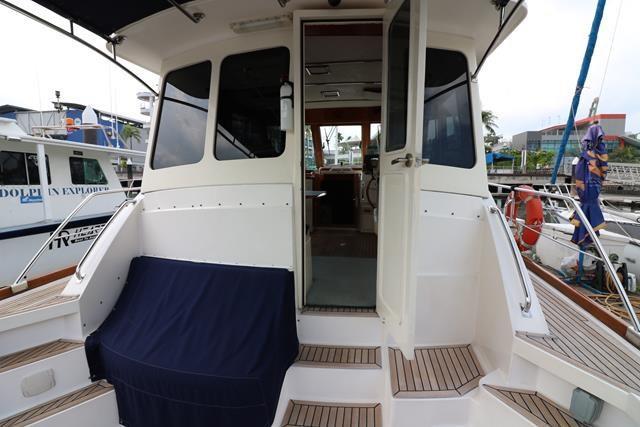 43 Eastbay HX-15