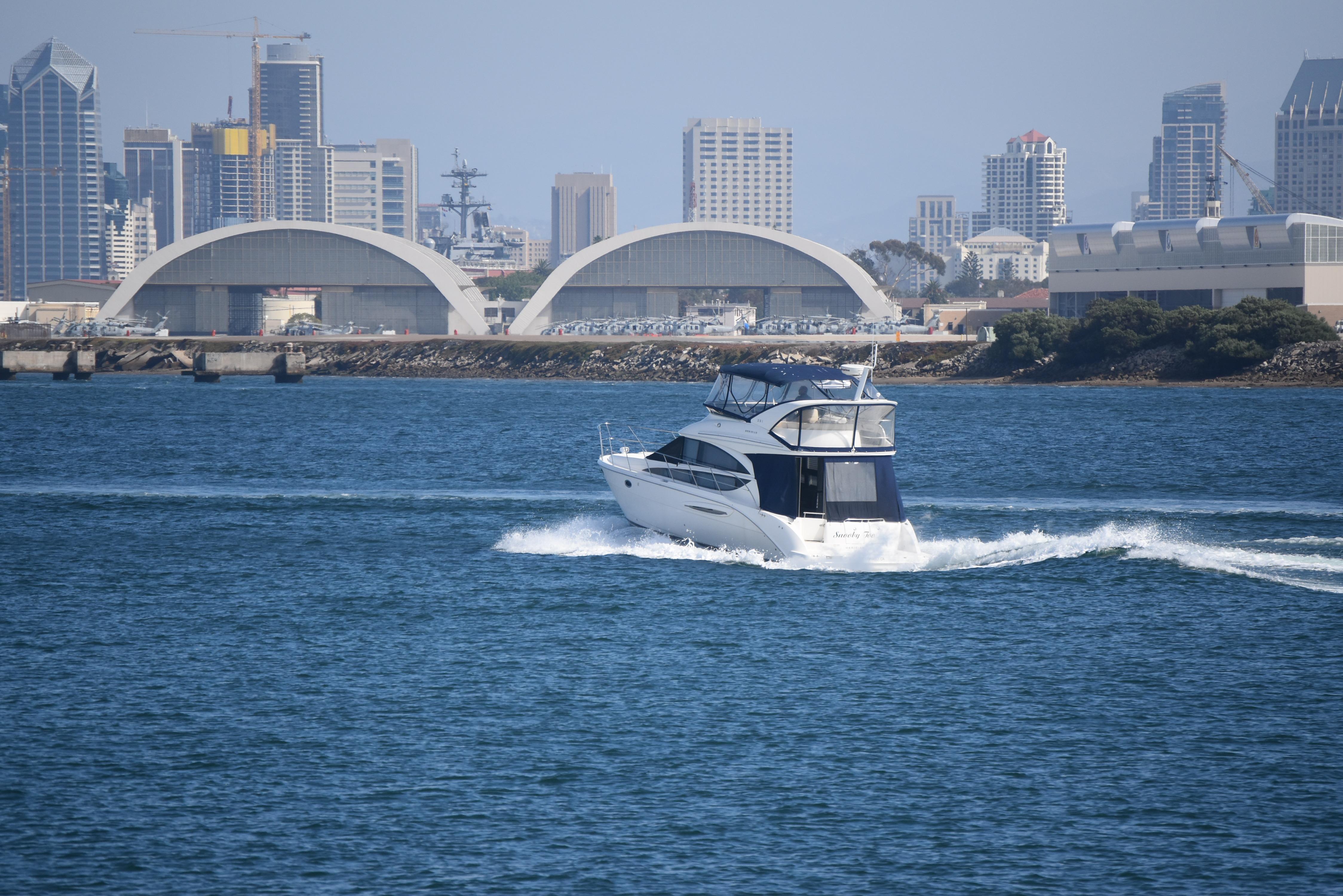 39 Meridian 2010 San Diego Denison Yacht Sales