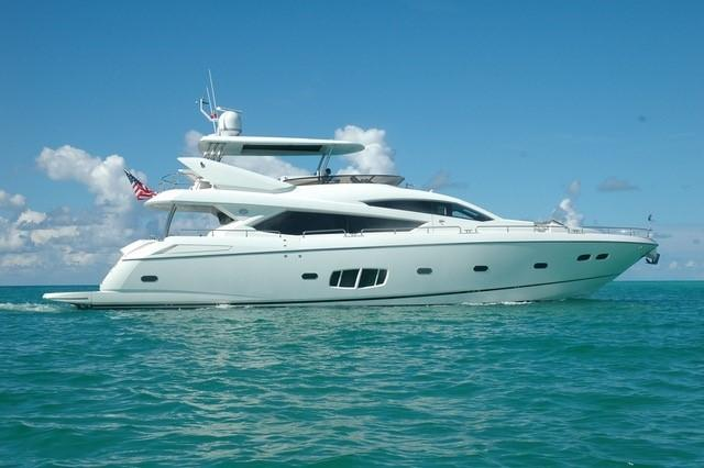 80 ft Sunseeker Yacht